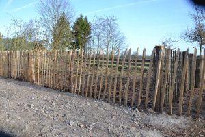 Hekwerk van kastanjehout
